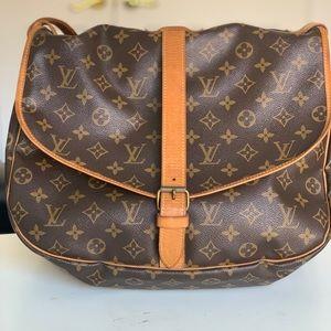 Louis Vuitton Saumur 35 Saddlebag